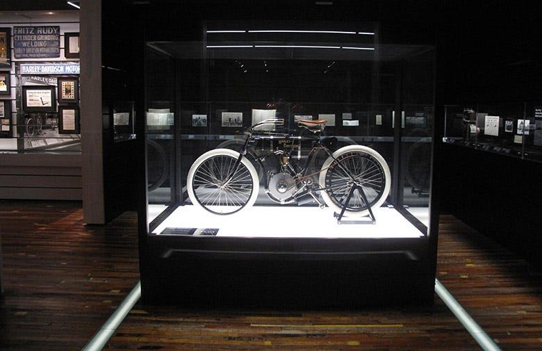 The Oldest Harley-Davidson Motorcycle in the World Rolls with Coker!